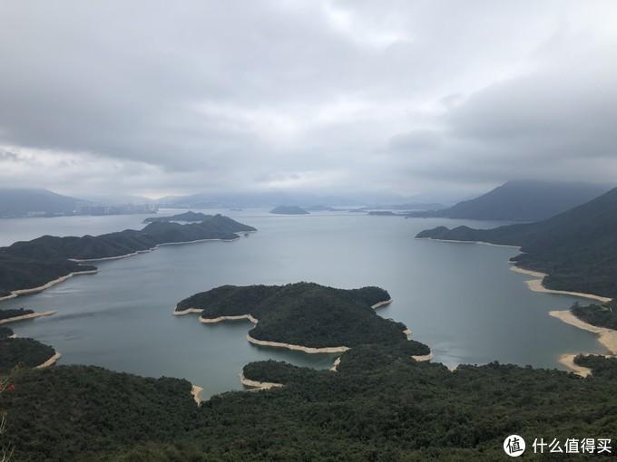 香港徒步 — 那天我们走过的船湾淡水湖环线!