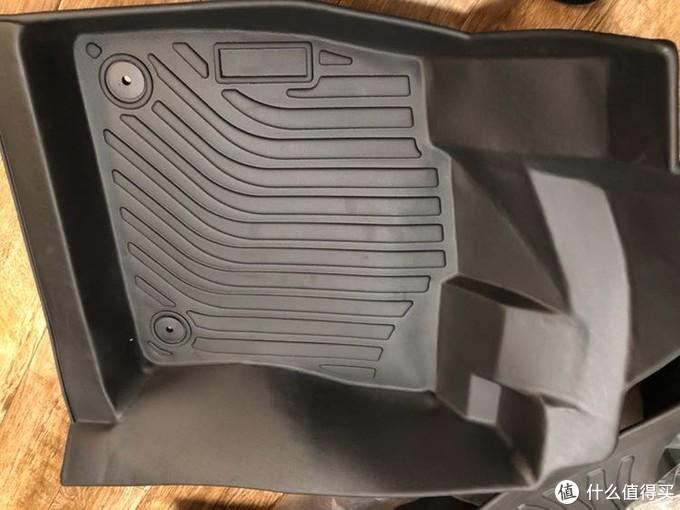 全包裹TPE材质汽车脚垫本站首晒