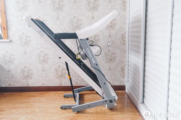 每逢佳节胖三斤,千元跑步机来帮你:佑美 A5智能小型跑步机