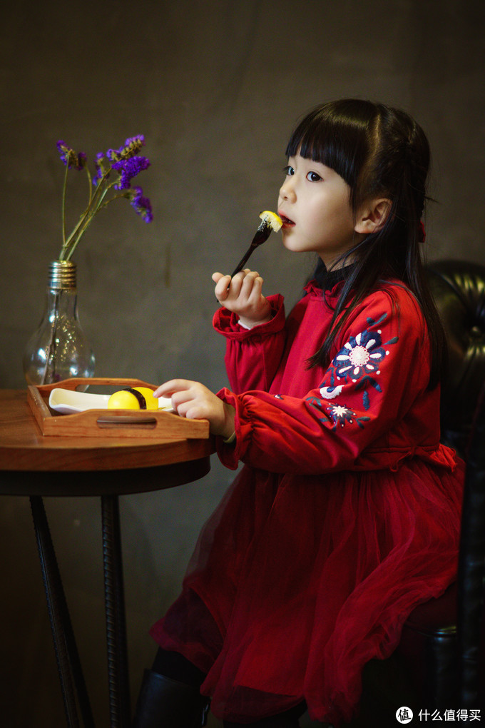 SONY ILCE-6400 + FE 85MM F1.4 GM1/250SF1.4ISO1600