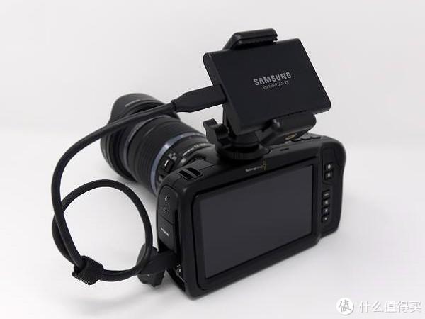 "储存扩展新""姿势"":SAMSUNG 三星 发布 SSD T5 & Blackmagic Pocket Cinema Camera 4K 套装"
