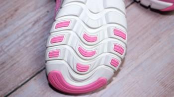 FREETIE 儿童运动鞋使用体验(设计|安全性|弹性)