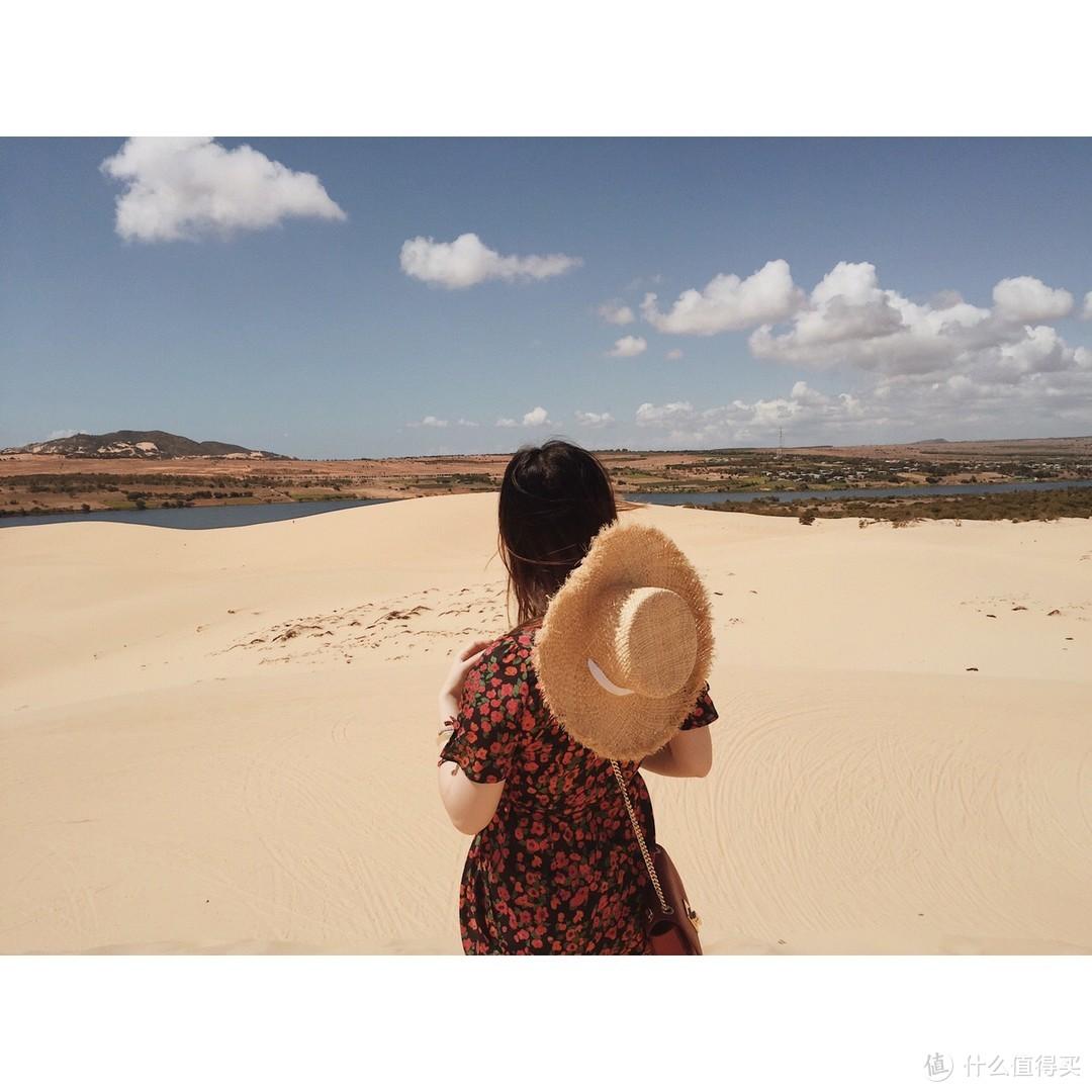 美奈白沙丘,一半海,一半沙子