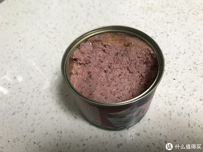 肉质非常细腻,软糯,再次说明添加胶质不多~肉眼看不到什么内脏,是个好罐罐呢~它的肉质跟上次开罐的MJJ嫩鸭家禽味是很像的~