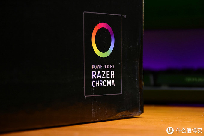 加入了雷蛇RGB系统——RAZER CHROME