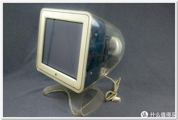 G4 CRT 显示器
