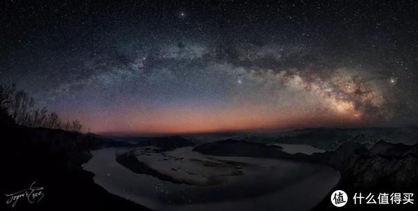 雪夜爬太极湾,拍摄银河拱桥
