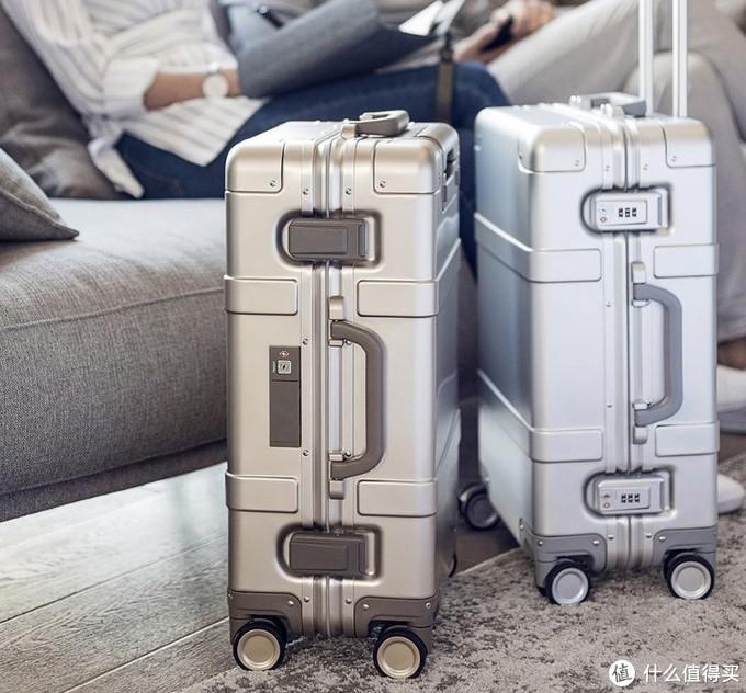 人在旅途,家在心路,90分金属登机箱体验。