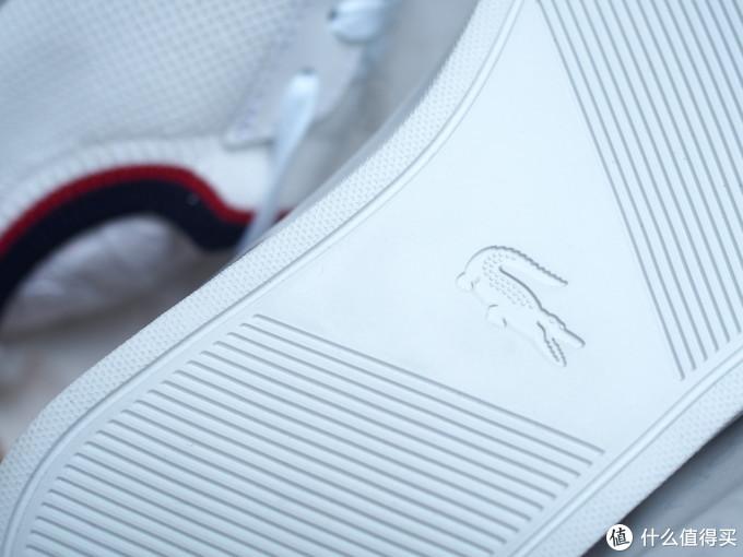 """""""黑""""科技 """"潮""""有趣 ——LACOSTE INFINI-T 无线充电背包&小白鞋新体验"""