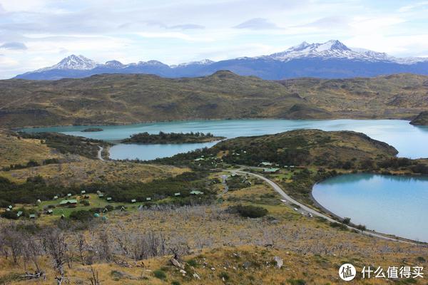 俯瞰Lago Pheoé的营地