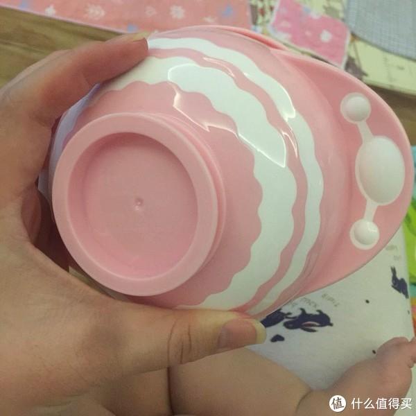 贝拉比辅食碗非常不错👍贝拉比吸盘碗是一款让我一见钟情的辅食碗 很喜欢