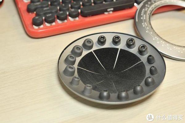 配备磁悬浮UFO收纳仓,ORICO新推HIFI耳机值得一听