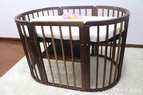 黑胡桃木婴儿床