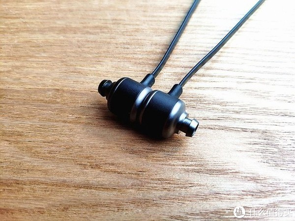 有颜更有料,运动好声音,南卡S1运动蓝牙耳机