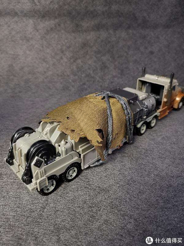 SS系列领袖级油罐车威震天开箱