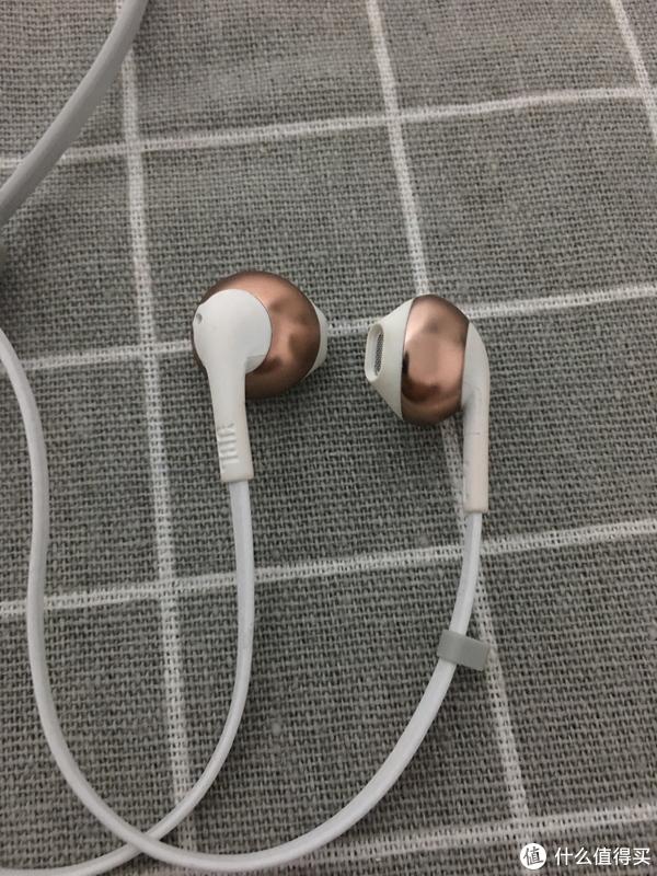 HIFI什么的无所谓 万元以下听个响 我也就是听个响 晒一晒我的耳机们
