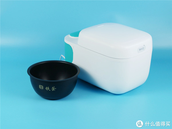 「超逸酷玩」饭小二煮饭机器人让做饭变得简单起来