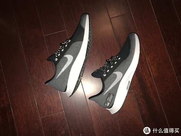 279元买的Nike Air Zoom Pegasus 35 SHLD
