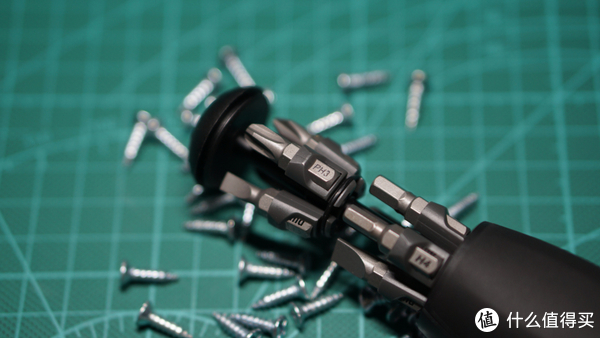 工具在精不在多,米家wiha 8合1棘轮螺丝刀一把就够了