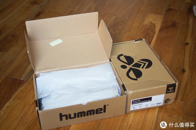 鞋盒里包装纸都算完整