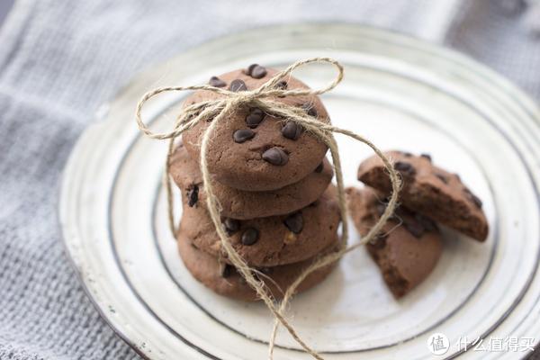 烘焙0失败!5岁萌娃教你做超经典巧克力豆曲奇!