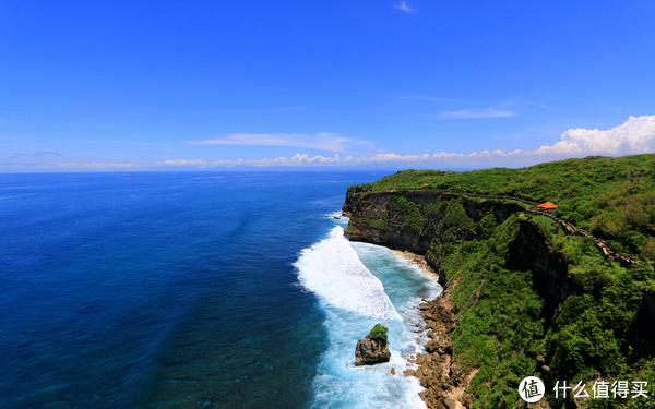 出国度蜜月你会选择塞班岛还是巴厘岛,两个海岛都有哪些区别