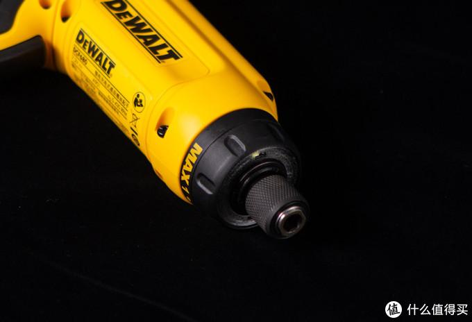 【打洞小旋风】告诉你最真实的得伟DCF680电动螺丝刀体验,感受高科技战斗力