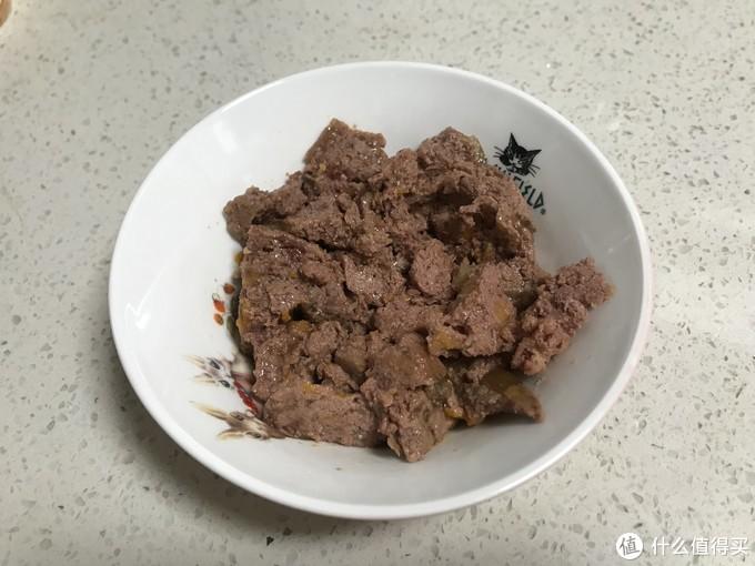 肉质清爽,但没有mjamjam禽类罐头细腻,可能跟马肉本身的质地有关