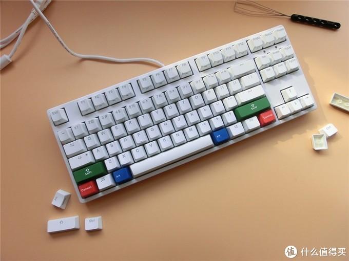 非全尺寸键盘 ,没有数字键使用起来不方便