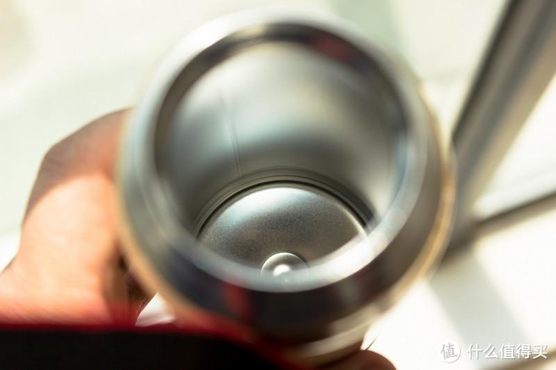 极速开箱土豪金 THERMOS膳魔师 保温杯500ml —来自张大妈的关怀:多喝水