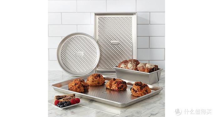 Lifetime旗下品牌Chicago Metallic推出纹理烤盘,多种尺寸可选