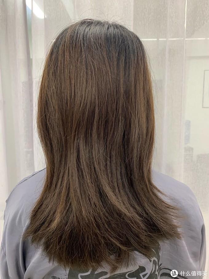 染之前的黄头发