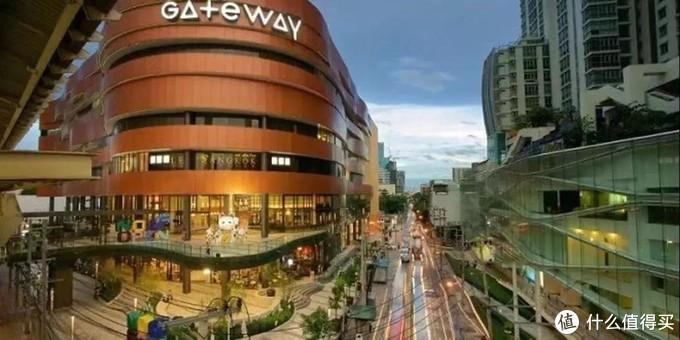 下定决心不再等遥遥无期的拆迁,国内老房换泰国网红公寓,做民宿房东 之曼谷,普吉篇。