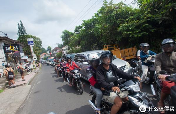 巴厘岛内部交通攻略,你应该如何选择合适的交通方式出行