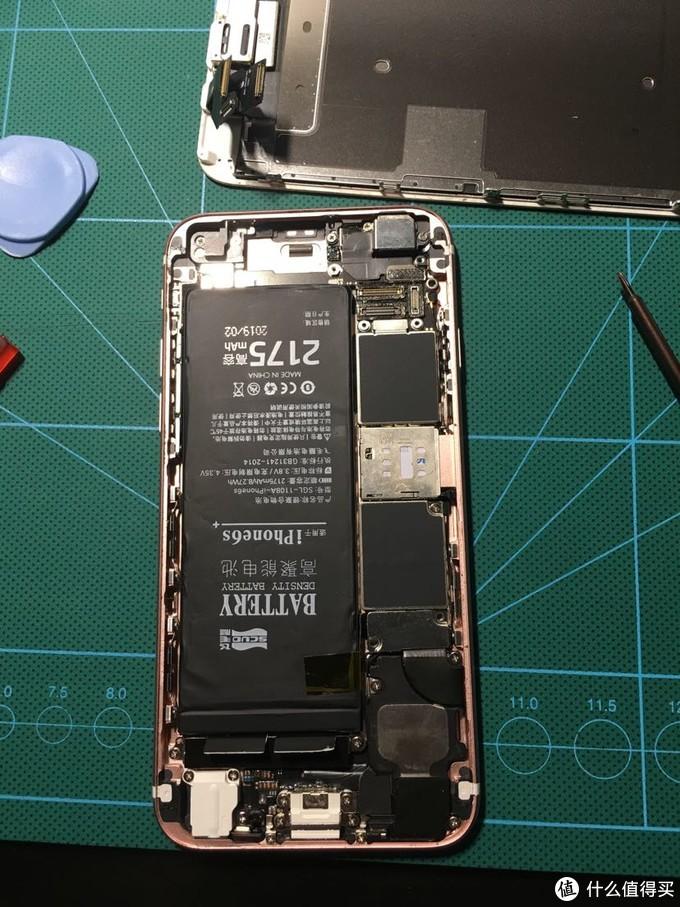 嗯。。。电池字确实是印反了