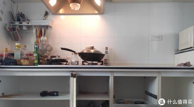 懒出新高度,电饭煲界的新物种-饭小二煮饭机器人