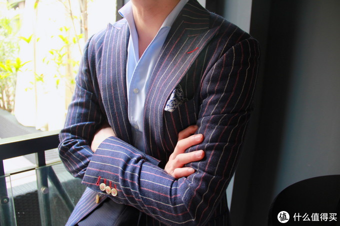DRAPERS亚麻+真丝面料条纹西服