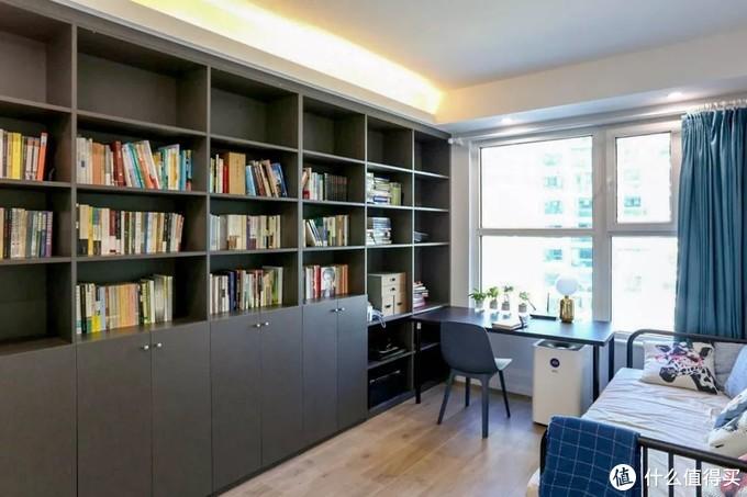 90㎡两室一厅,柜子里的收纳简直是教科书级别