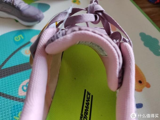 我的第一双斯卡奇——斯凯奇GORUN女鞋晒单