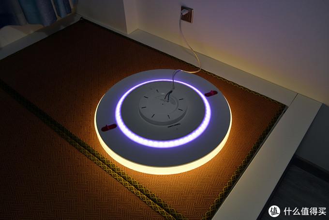当智能锁跟 yeelight 智能吸顶灯的碰撞,一开家门,灯就亮了!