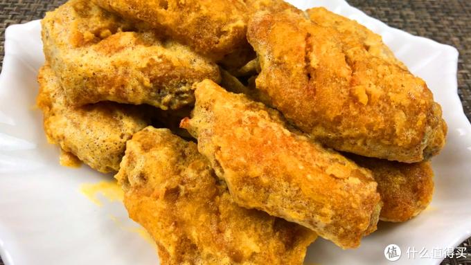 爱吃咸蛋黄鸡翅,不用去餐馆,自己在家做吧,好吃不输肯德基,既能当菜也能当零食的家常菜
