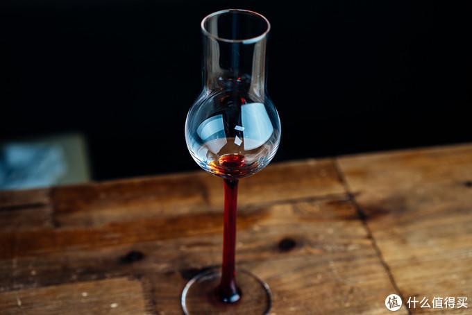 高颜值下的高品质:Kisslinger红腿系列水晶高脚杯