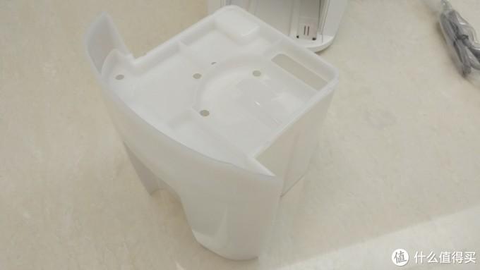 NWT的水箱,盖子可以打开