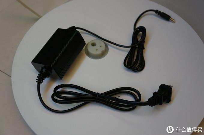 外置电源,还是黑色的。。。槽点。