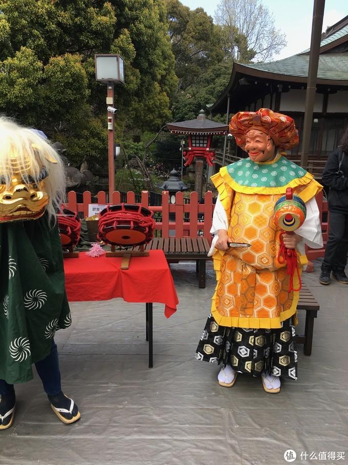 上野公园内某宫,有人知道这是在干啥呀