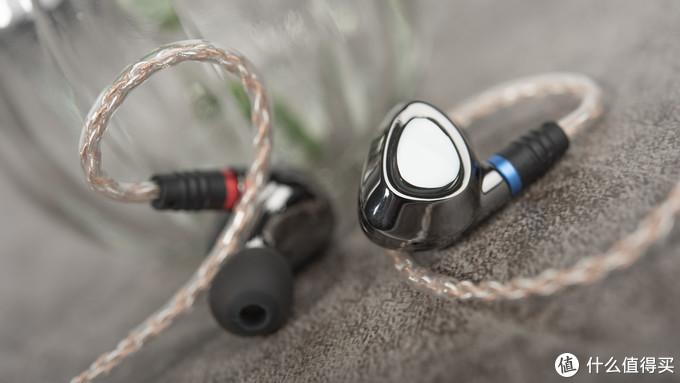 吸引你的是成熟的声音还是镜面的诱惑,山灵ME500评测