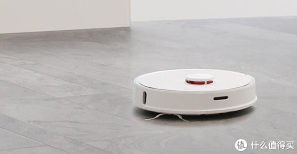 石头扫地机器人T6相比前代升级了啥?一张表格告诉你到底买新还是买旧!