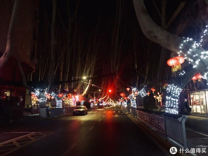 夜晚的郑州