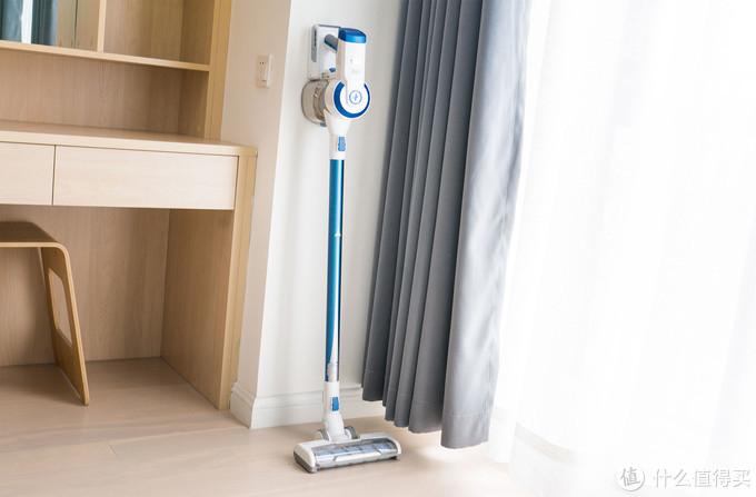 妹子实测泰怡凯无线吸尘器:用它能比清洁阿姨省钱有效果吗?