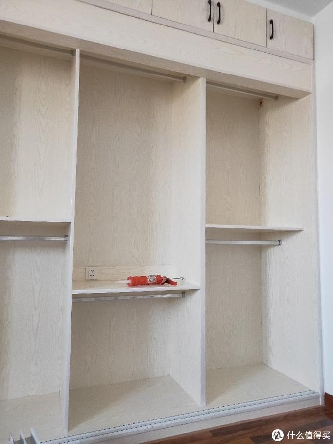 鹰冠的免漆板做的柜子